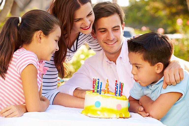 ТОП 54 ідеї що подарувати Сину на день Народження + Поради