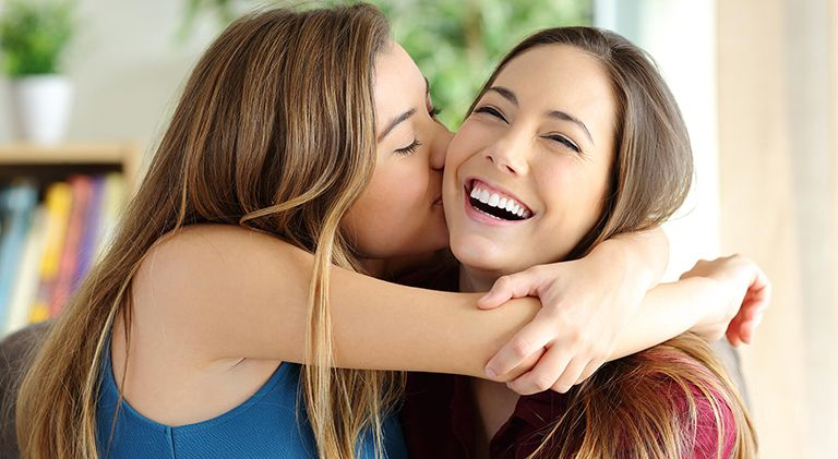 МЕГА 84 ідеї що подарувати Сестрі на День Народження по роках
